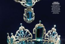 Dazzling Jewels And Gemstones / by Ve Kainama
