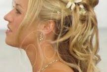 Wedding Hair/make-up/ect / by Taylor Hobbs
