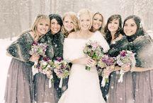 Her Entourage! / Girls will be girls... Or Bridesmaids!