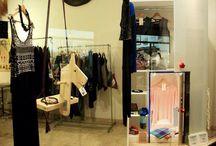Prototipi in vetrina / Vetrine di negozi realizzate a Rimini con i prototipi su progetto di Arkidslab