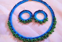 Artă şi frumuseţe. / Bijuterii, artă decorativă, produse pentru înfrumuseţarea casei, decoraţiuni textile.