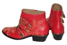 Suzanna / Boots