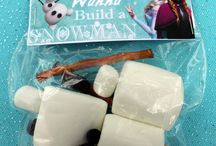 Frozen Party Inspiration / by Itzy Ritzy