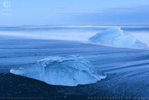 """Islande : L'île Magnétique / Vous voulez faire d'aussi belles photo de l'Islande ? Observer des aurores boréales ? On vous y emmène ! Voyage photo proposé en été ou en hiver, dans le Nord ou dans le Sud de l'île...ou bien les deux.  #Islande #Iceland #Voyages #Travels #Photo #Photography #Voyage photo  Venez visiter notre site internet : www.photographesdumonde.com """"Faire de la photo un voyage""""  © Grégory Gérault"""