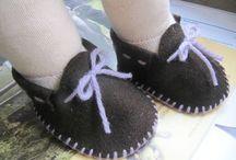 Chaussures poupées