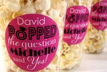 Popcorn Bar / Ideas on how to make the perfect popcorn bar for your event