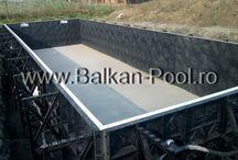 Piscina privata - piscina modulara din panouri in Dumbravita, Timisoara / Cea mai mare garantie in domeniul constructiilor. Sistemul Graphex de la Pacific Pools este cea mai rapida metoda in constructia piscinelor si permite o varietate infinita de forme si dimensiuni.