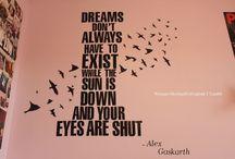 Words That Brighten My Days / by Elita Tandy