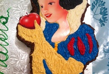 Snow White Good Luck Cake