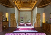 Beautiful Bedroom Ideas / A collection of beautiful villa bedrooms.