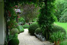 Zahradní design - inspirace / Inspirace pro všechny, kteří se chystají založit novou či přetvořit starou zahradu. Ať už má hektar nebo pár metrů čtverečních, v této složce můžete najít moře inspirace.