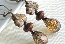 Jewelry with leaf beads