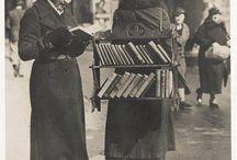 history / ayaklı kütüphane