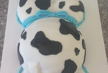 Cow baby shower cakes