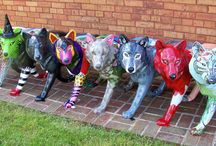The Wolves are back in town! / Abingdon Wolves hit the streets. Stroll the streets of Abingdon to find them all.