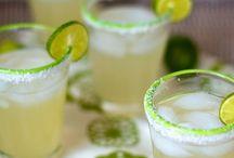 Drinks / by Emmalea Huff