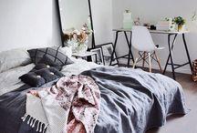 P - bedroom / BEDROOM