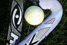 Field hockey *^•