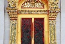 Doors, portals