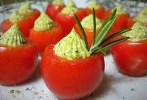 Food - Appetizers & Mini Bites / by Diane Lippert