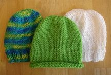 knitted hats and svarves