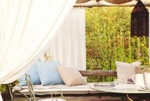 Outdoor Living / Inspiring Ideas for Designing an Outdoor Living Space