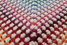 Blankets knit ad crochet