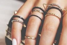 Accessorize Me! / Rings, Necklaces, Bracelets, Hair Accessories, Women Accessories