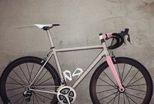 Fijne fietsen / by BroerZ Verfilmt de kracht van uw onderneming....