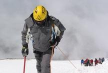 Ağrı Dağı Tırmanışı Turu / Türkiye'nin en yüksek dağı, Ağrı Dağı Zirvesine yolculuk. 6 gece 7 günlük programla Ağrı Dağı zirvesine yol alacağımız gibi Doğubeyazıt, İshakpaşa Sarayı, Nuh'un Gemisi ve Meteor Çukuru da göreceğimiz yerler arasında. Dağ turlarındaki tecrübemiz ve deneyimli ekibimiz ile Ağrı Dağı Turu sizleri bekliyor.