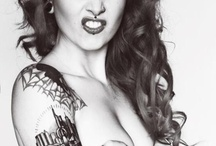 Tattooed girls / by Vic E.