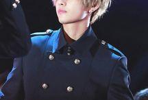 kim taehyung // v