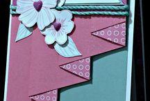 Pleat fold card