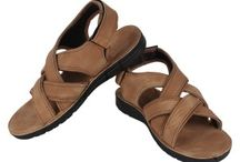 Earton Footwear