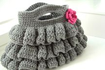 FREE BAG PATTERNS / CROCHETED SMALL BAGS AND PURSES
