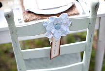 décoration chaise pour un mariage / décoration chaises ruban mariage cérémonie laïque fleurs