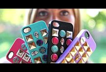 """HOW IT WORKS / Casepops® is an innovative new line of customizable iPhone cases that lets you give your case a whole new look without ever having to remove your phone.  Each case features fifteen changeable charms – our """"Pops"""" – to mix and match. And never worry about Pops detaching: a patented pull-tab locking mechanism keeps them all secure. Go to CASEPOPS.COM & try the super fun interactive Case Designer where you can create tons of looks and pick your very own personalized case and Pops!"""