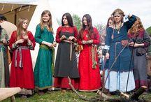 medieval polish costume