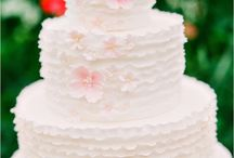 Wedding Cakes / A collection of beautiful wedding cake designs.
