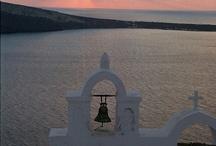 Santorini Bells  YES I DO! / https://www.facebook.com/lifethinktravel