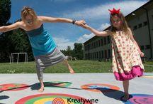 kreatywna strefa gier school, playgrounds markings,  child, primary school, primary, kindergarden / outdoor playground, school, playgrounds markings,  child, primary school, primary, teachers, playground games, kindergarden, thermoplastic, hopscotch, markings, education, numbers, roadmarking, linemarking, schoolndesign, roadway, corridors, active play, rocket, gry uliczne, gry integracyjne, zabawy integracyjne, kreatywne gry dla dzieci, zabawy dla dzieci, kreatywne zabawy dla dzieci, gry podłogowe, podłoga interaktywna, interaktywna mata, korytarzowe zabawy, gry edukacyjne, cityline