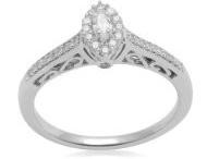 promise rings / by eleonor bunker