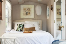 Small Guest Cottage / Cottage small living