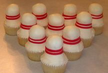 Cupcakes & Desserts / by Sherl Bastien