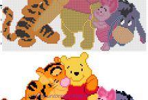 Schemi punto croce Winnie The Pooh / Schemi punto croce Winnie The Pooh