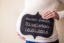Maternity Shoots / Maternity and Bump Shoots as photographed by Sarah Elliott Photography https://sarahelliottphotography.co.uk