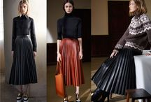 Fall must have: the pleated skirt / The one thing you must have in your wardrobe this Autumn is a pleated skirt. Pleats are all over the catwalk and although we see them return time after time this year the key to this look is the fabric. Leather, flirty light polyester, metallics for a bit of shimmer and of course wool wonderful wool.