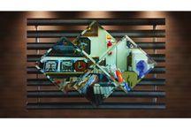 Espelhos Geométricos / Quem disse que espelho também não é obra de arte? Confira alguns espelhos de nossa linha artística que embelezam qualquer ambiente!
