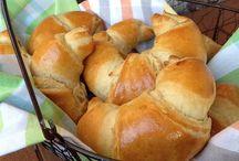 Hefeteig und Fladen, Brote