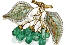 History of jewellery art